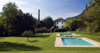 Villa La Bianca Camaiore Pisa hotels