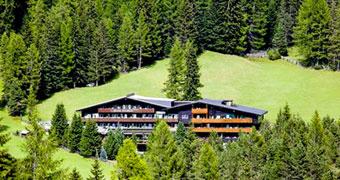 Hotel Ciasa Salares San Cassiano Alta Badia hotels