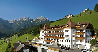 Berghotel Zirm Valdaora San Candido hotels