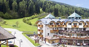 Tevini Dolomites Charming Hotel Commezzadura Hotel