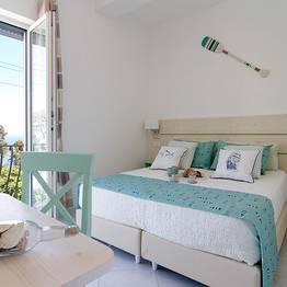 Aquamarine Relaxing Capri Suites Capri