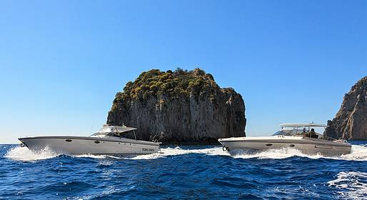 Capri Relax Boats - Capri and the Amalfi Coast by Itama 38 Speedboat