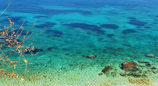 Capri Relax Boats - Dia inteiro ao redor de Capri com barco gozzo (7.80 mt)