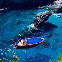 Gianni's Boat - 3-Hour Boat Tour: Capri by Comfortable Supergozzo