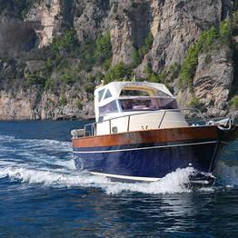 Plaghia Charter - Tour di Capri in barca - Giornata intera - Aprea 7,50