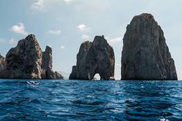Full-Day Boat Tour of Capri by Aprea 7.50 Gozzo Boat
