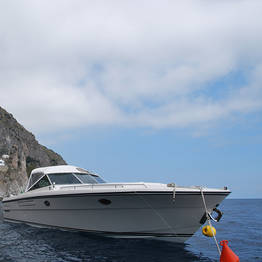 Plaghia Charter - Tour luxury in Costiera Amalfitana a bordo di Itama 38
