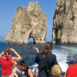 Laser Capri - Boat Tour of the Island with a Blue Grotto Stop