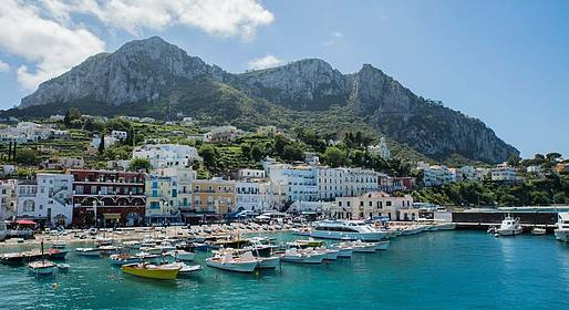Capri Tour Information - Tour di gruppo a Capri con guida bus  e pranzo incluso