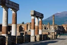 Visita guidata a Pompei con partenza da Napoli