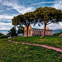 Goldentours - Tour ai templi di Paestum + fattoria di bufale