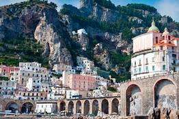 Amalfi Coast and Pompeii: Tour from Naples