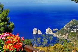 Escursione in barca a Capri con snorkeling