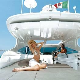 Plaghia Charter - Capri: giornata a bordo di yacht Della Pasqua 50
