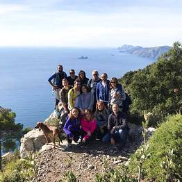 Cartotrekking - panoramic point great for group photos