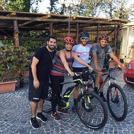 Enjoy Bike Sorrento - E-bike tour + degustazione in Penisola Sorrentina