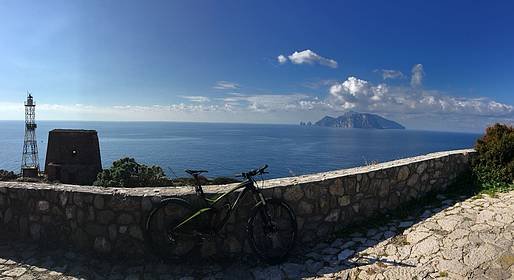 Enjoy Bike Sorrento - Tour in e-bike in Penisola Sorrentina + degustazione