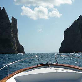 Capri Whales - Capri, tour in barca privato, su gozzo da 10 mt