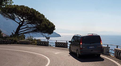 Star Cars - Private Transfer: Naples-Amalfi/Ravello (or vice versa)