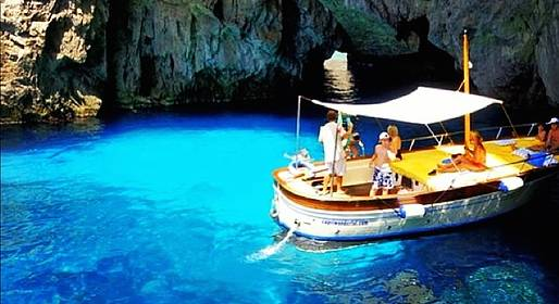 Gianni's Boat - Swim and sun, relax and fun! 3hour group tour of Capri