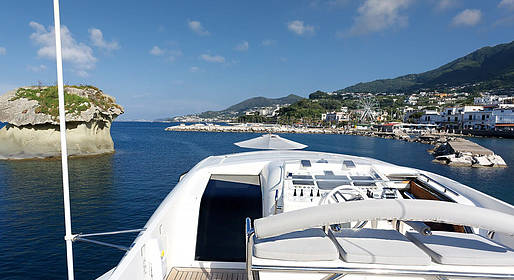Capri Boat Service - Tour on board of our Yacht Ludi Cerri 86