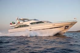 Yacht Pier IV