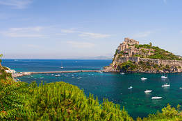 Boat Tour of Ischia and Procida