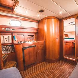 Charter System  - Room Aprea 38 ft