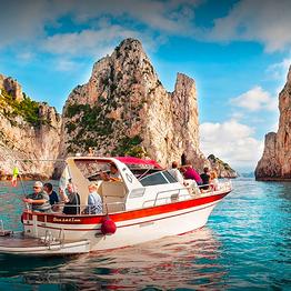 Buyourtour - Tour privato in barca da Sorrento a Capri (8 ore)