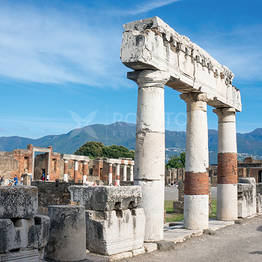 WorldTours - Pompeii, Herculaneum, and Wine Tasting on Mt. Vesuvius