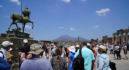 Travel Etc  - Skip the line Pompei &  Vesuvio tour guidato da Napoli