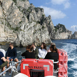 HP Travel - Capri: Full-Day Tour by Land and Sea from Sorrento