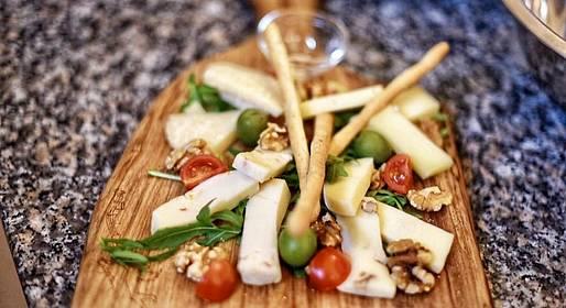 Michel'angelo - Degustazione di mozzarella, burrata e vini