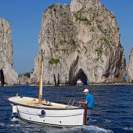 Blue Sea Capri - Sunset Cocktail Sail around Capri!