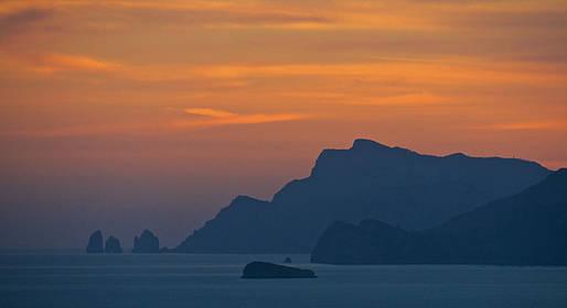 Blue Sea Capri - Sunset Cocktail Sail around Capri!