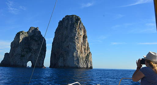 Gianni's Boat - Short Tour: Faraglioni and White Grotto