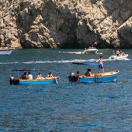 Capri Blue Boats - Rent a traditional wooden boat, without licence