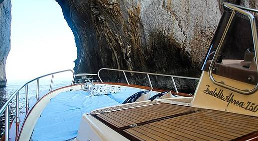 Capri Blue Boats - Tour of Capri from Marina Piccola on a Gozzo