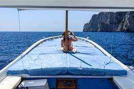 Giro dell'isola in barca da Marina Piccola