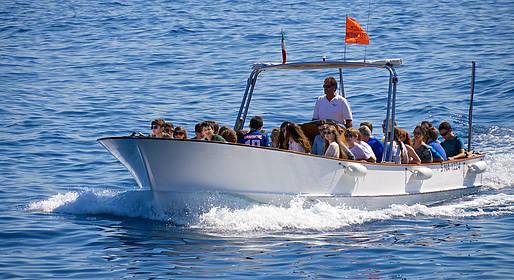 Gruppo Motoscafisti - Tour ao redor da ilha + stop a Gruta Azul