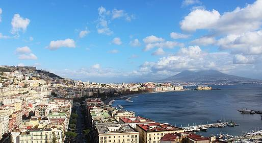 Sorrento Limo - Driving Tour of Naples