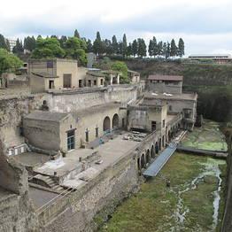 Sunland Travel - Herculaneum & Sorrento Bus Tour from Amalfi Coast