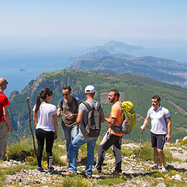 Cartotrekking - walking guided group on the top of Lattari Mountains