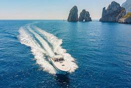 Exclusive transfers from and to Capri | VIP service