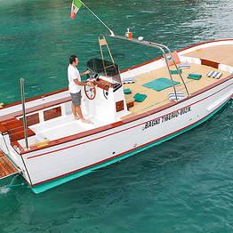 """Bagni di Tiberio - O """"clássico"""" tour de barco ao redor de Capri"""