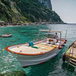 Bagni di Tiberio - A magia da Costa Amalfitana de barco