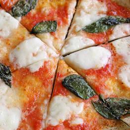 Joe Banana Limos - Tour & Transfer - Tour gastronômico: pizza, azeite e mozzarella