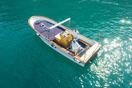 Luxury Capri Boat Tour by Fratelli Aprea Lancia/Gozzo
