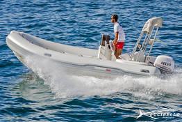 Rent a Dinghy in Positano: no license needed!