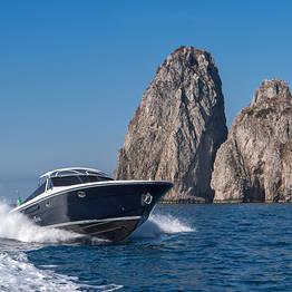 Priore Capri Boats Excursions - Boat transfer Marina di Stabia - Capri (o viceversa)
